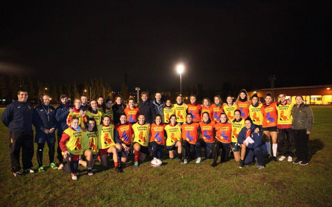 Las Leonas preparan los partidos clasificatorios para el Mundial en el Polideportivo Fermín Cacho