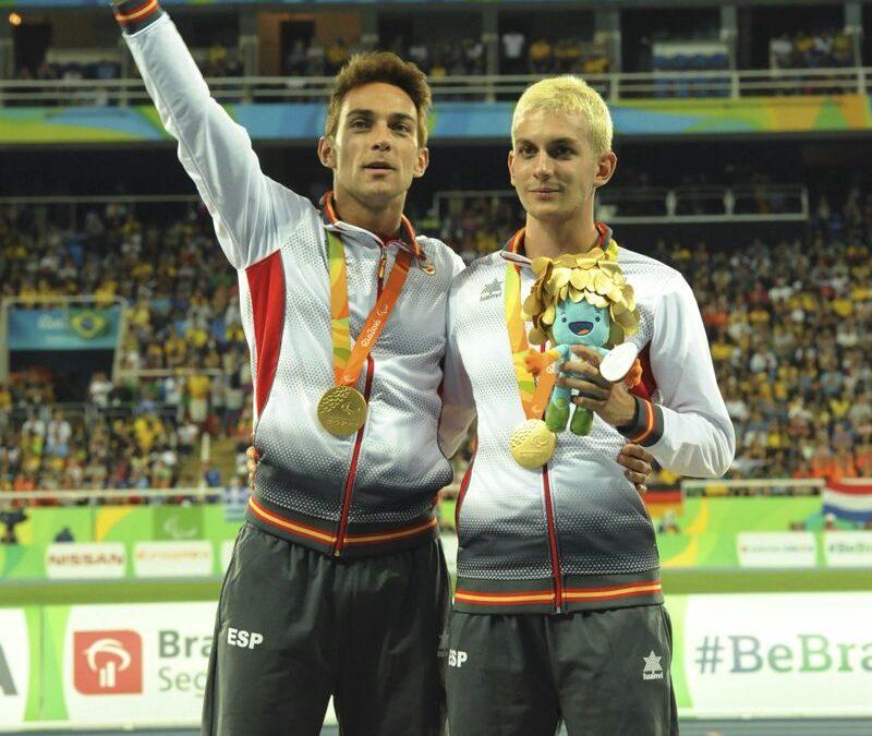 Marcos Blanquiño, un atleta que ganó la medalla de oro en los Juegos Paralímpicos de Río como guía atleta